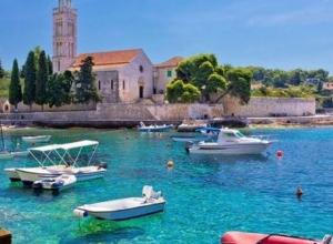 Wakacje: Tydzień w Chorwacji na wyspie Čiovo (Trogir) dla 4 (też 2+2) za 935 PLN/os!
