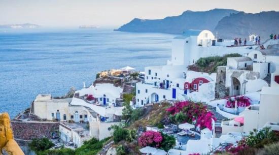 Wakacje na Santorini! Tydzień w 3* hotelu ze śniadaniami za 1710 PLN!