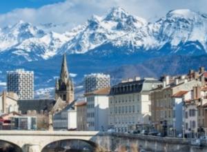 Ferie w Alpach Francuskich! Tydzień za 830 PLN! Loty, auto i apartament blisko Chamrousse w cenie