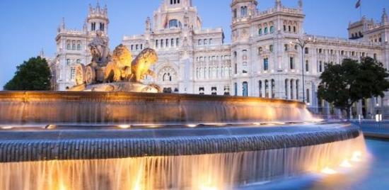 Madryt, Ibiza i Barcelona w jednej podróży z Poznania za 218 PLN