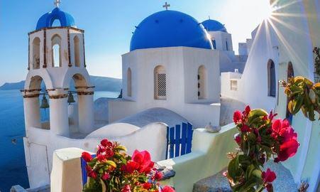 Lipiec: Tanie loty czarterowe na Santorini za 274 PLN!