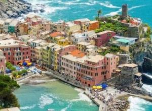 Wiosenna wycieczka do Cinque Terre: 771 PLN! Loty, auto i 5 noclegów z widokiem na morze i sauną!