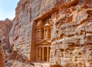 Tydzień w Jordanii: wycieczka do Petry i widok na Morze Martwe dla 4: 1292 PLN/os!