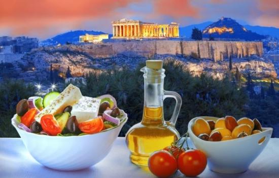 Wakacyjne kierunki podróży – Ateny, Malta lub Faro z Katowic już od 197 PLN